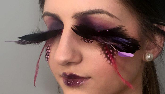 maquillage professionnel à domicile pose d'accessoires