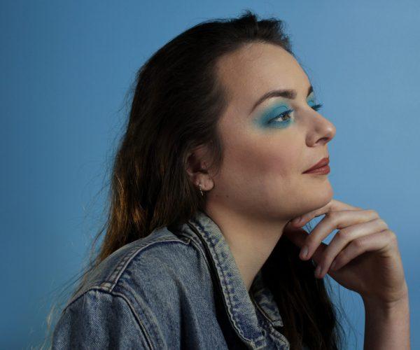 Shooting maquillage professionnel beauté fashion - let me blue2 - à domicile