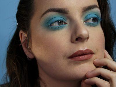Shooting maquillage professionnel beauté fashion - let me blue 3- à domicile